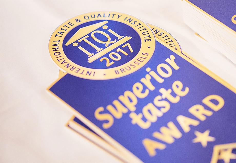 Detalle del logotipo del premio iTQi